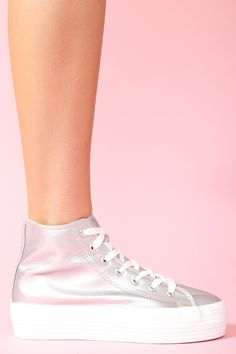 Silver sneakers! Would look even better with black laces