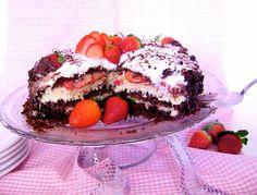 bolo de aniversario Chocorango - Delicioso como chocolate com morango!
