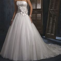 Country theme wedding dress