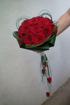 composizioni floreali con rose rosse - Cerca con Google