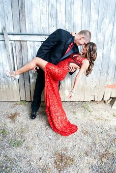 If I go to prom with my boyfriend next year, I'm totally doing this.