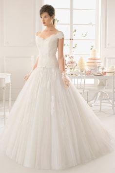 2015 V Neck Princess Wedding Dress Tulle With Applique Sweep Train USD 279.99 EPP17878SN - ElleProm.com