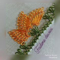 @aysenin_igne_oyalari_25 #igneoyasimodelleri #sunum #elemeği #göznuru #ceyizlik #havlu #mutfakhavlusu #namazörtüsü #tülbent #igneoyasi… Diy And Crafts, Instagram Posts, Crochet Flowers, Lace, Hampers, Needle Lace, Chrochet, Tejidos, Amigurumi