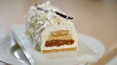 Fabulous Vanilla Yule Log – Bruno Albouze Almond Recipes, My Recipes, Cookie Recipes, Muffin Recipes, Orange Zest Cake, Vanilla Ganache, Vanilla Biscuits, Running Food, Grolet