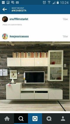 Very similar to my Ikea Besta would have .- Sehr ähnlich wie ich meine Ikea Besta hätte Very much like I would have my Ikea Besta have - Ikea Living Room, Living Room Storage, Living Room Modern, Living Room Designs, Home Decor Furniture, Home Furnishings, Ikea Tv Unit, Tv Wall Decor, Family Room