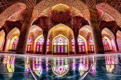 旅人を魅了する美しいイランのモスク「マスジェデ・ナスィーロル・モスク」 | RETRIP