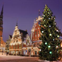 Julemarkedet i Riga. Find julemarkeder her: http://www.apollorejser.dk/tilbudrabatter/julemarkeder