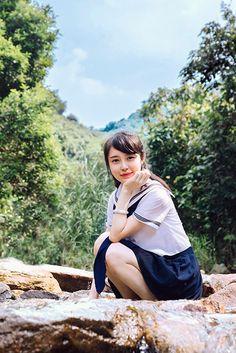 Angel Kids, Girl In Water, Wise Women, Girls Uniforms, Japan Girl, Cute Asian Girls, People Dress, Japanese Beauty, School Uniform
