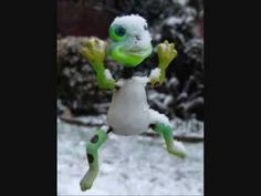 Snowball Fight - YouTube