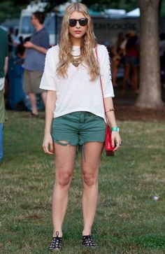 23 Concert Style Ideas From The Pitchfork Music Festival :: pinned by katewyld