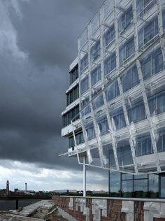 Above and below: Office  Unileverhaus, Hamburg, Germany