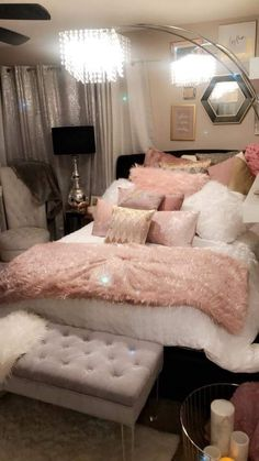 Teen Bedroom Ideas - Chic Bedroom Decorating Ideas for Teen Girls. Paired with white furniture, bed linen and also devices, teal wall paint makes a posh sprinkle in this rel Bedroom Ideas For Teen Girls, Cute Bedroom Ideas, Cute Room Decor, Girl Bedroom Designs, Teen Room Decor, Bedroom Decor Glam, Bedroom Colors, Teen Bedrooms, Gold Bedroom