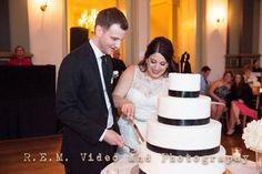 It's cake time. Germania Place. R.E.M. Wedding. www.remvp.com