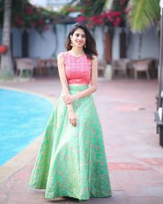 Stunning Party Look in Lehenga with Crop Top – Designers Outfits Collection Party Wear Indian Dresses, Indian Gowns Dresses, Party Wear Lehenga, Dress Indian Style, Indian Wedding Outfits, Indian Wear, Wedding Dresses, Wedding Skirt, Indian Attire