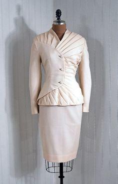 wedding dress XX century (1947)
