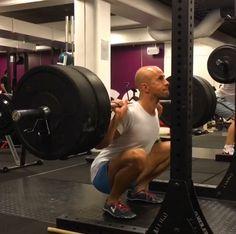 Hur djupa knäböj ska du göra? Gym Equipment, Sports, Ska, Hs Sports, Workout Equipment, Sport