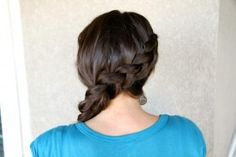 Katniss' Diagonal Dutch Braid tutorial {from the Hunger Games movie} in under 5 minutes!