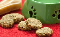 Gluten Free Homemade Peanut Butter and Banana Dog Treats | Recipe is from Wholefoods.  They include some parsley in recipe for fresh breath!