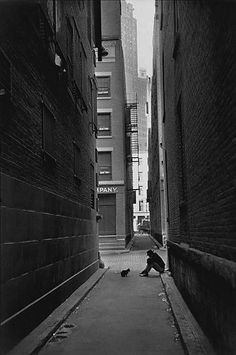 new york, photo by henri cartier-bresson