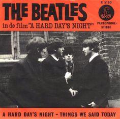 SINGLE VAN DE WEEK The Beatles - A Hard Day's Night: Uitgebracht in 1964 met als hoogste notering een 1e plaats in Nederland. En welke Beatles single had jij? De video uit de film vind je hier: https://www.youtube.com/watch?v=YF1ye4wpFw8&list=PLpJgc39WxNAEx8lXjQyc87W0g3_axDiMU