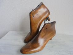 antique French wood reads ca 1910/parisienne women's shoes shoes/industrial shoes reads with steel sole and high heel/rare/wood shoes