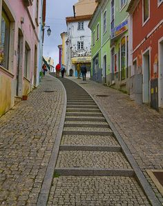 Colorful hill street in Monchique, Portugal (by steverichard).