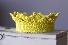 Купить Корона вязаная для фотосессий - желтый, корона для фотосессии, корона для фотосессий, корона вязаная