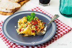 http://lacocinadefrabisa.lavozdegalicia.es/receta-de-arroz-con-pollo-y-pimientos-del-piquillo/