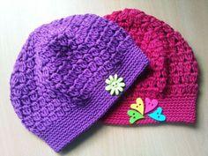 Návod na háčkování jarního baretku Free Crochet, Crochet Baby, Knit Crochet, Bandanas, Baby Patterns, Crochet Patterns, Kerchief, Wrist Warmers, Baby Hats