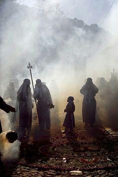 Semana Santa Guatemala Fotografía por EDGAR MONZÓN