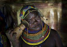 """This is how i sleep"" Mumuhuila headrest - Angola by Eric Lafforgue, via Flickr"