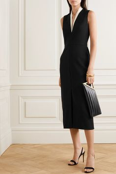 Victoria Beckham - Cutout two-tone crepe dress Classy Dress, Classy Outfits, Chic Outfits, How To Have Style, Classic Tuxedo, Tuxedo Dress, Victoria Dress, Victoria Beckham Dresses, Crepe Dress