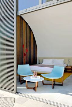 hotel sezz, saint-tropez. that color combo is awesome. and this hotel is aaah-mazing.