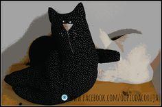 amamos gatinhos pretos!! www.facebook.com/oopiodacoruja molde gato TILDA nuvem Oo Pio da Coruja/Dulce Mascota.