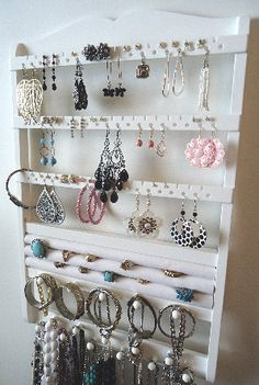 I really need something like this to organize my jewelry! My jewelry is out of control!