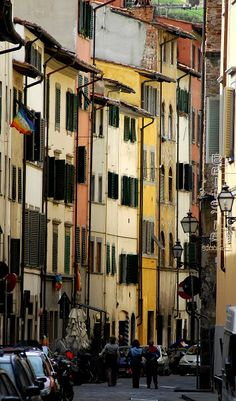 Altrarno residential area  in Florence, Italy Copyright: James Saunders