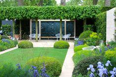 Gartengestaltung mit Heckepflanzen - Buchsbaum mit Formschnitt