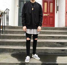 Black bomber / Layering / Knee cut skinnies / Saint Laurent