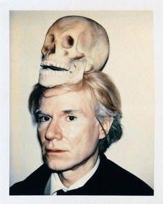 Andy Warhol - Autoportrait avec crâne - photo 1977