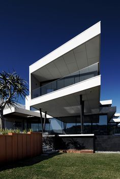 Gallery of Martha Cove by Dan Webster Architecture / The Local Project New Zealand Architecture, Residential Architecture, Modern Architecture, Modern House Design, Ideal Home, Construction, Design Projects, Interior Design, Villas