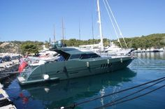 Tecnomarine 70 - http://boatsforsalex.com/tecnomarine-70/ -                US$624,690  Year: 1990Length: 70'Engine/Fuel Type: TwinLocated In: GreeceHull Material: FiberglassYW#: 77721-2485058Current Price: EUR450,000 Tax Paid (US$624,690) Yacht has undergone a refit in 2009 Navigation & Comm. equipment 2 x Furuno Blackbox ...