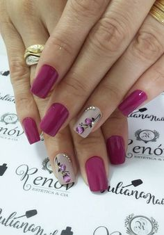 The 90 Vigorous Early Spring Nails Art Designs are so perfect for this Season Hope they can inspire you and read the article to get the gallery. Spring Nail Art, Spring Nails, Fancy Nails, Pretty Nails, Nagel Hacks, Elegant Nails, Fabulous Nails, Flower Nails, Beautiful Nail Art