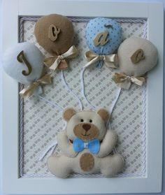 Quadro para quarto do bebê Baby Girl Room Decor, Baby Nursery Diy, Stuffed Animal Patterns, Felt Animal Patterns, Handmade Crafts, Diy And Crafts, Teddy Bear Nursery, Felt Crafts, Paper Crafts