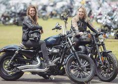 Lady Biker, Biker Girl, Motorcycle Couple Pictures, Sportster Cafe Racer, Duke Bike, Chicks On Bikes, Scooter Girl, Girl Bike, Biker Chic
