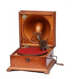 Pathé Elf table mode gramophone 1920's