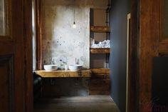 Spotted by Lady Kerstyn | #kavarnacohledajmeno #coffee #coffeehouse #cafe #café #interior #DIY #handmade #reconstructed #wood #recycling #upcycling #cozy #interior #interiordesign #insidedecor #kavárna #káva #bathroom