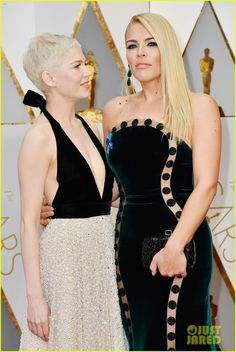 Michelle Williams & Busy Philipps Are #FriendshipGoals on Oscars 2017 Red Carpet