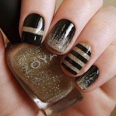 Glitter Nail Art Designs for Shiny & Sparkly Nails Black Gold Nails, Black Coffin Nails, Gold Nail Art, Black Nail Art, Sparkly Nails, Glitter Nail Art, Black Manicure, Black Polish, Black Glitter