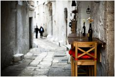 cobble stone, narrow streets and alleys, tables for two abound in lovely places.  This is a big reason I adore Europe! -xo-