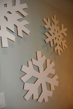 How to make giant snowflakes for #kidmin design